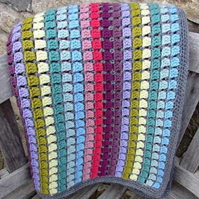 Vintage Rainbow Blanket Crochet Kit - the perfect gift for crochet lovers - everything you need to make this beautiful throw: yarn, crochet pattern, crochet hook, stitch markers and project bag - image 61fHPh82izL-400x400 on https://knitting-crocheting-yarn.com