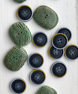 knit & crochet design: Stylecraft Blogtour 2017 - image Buttons on https://knitting-crocheting-yarn.com