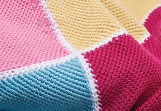 Crochet Now 37 - Find out what's inside Crochet Now 37 - image SimplyCrochet_issue83_Blanket-320x220 on https://knitting-crocheting-yarn.com