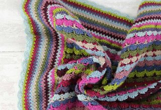 Knit and Stitch Blog from Black Sheep Wools » Blog Archive Sara Interviews Winwick Mum - image button_box2-320x220 on https://knitting-crocheting-yarn.com
