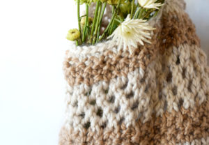 How To Knit A Backpack - image Darice-Knit-Bag-Natural-5-300x208 on https://knitting-crocheting-yarn.com