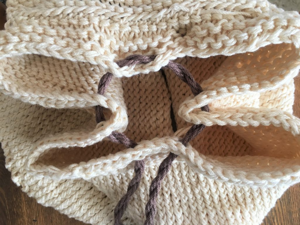 How To Knit A Backpack - image on https://knitting-crocheting-yarn.com