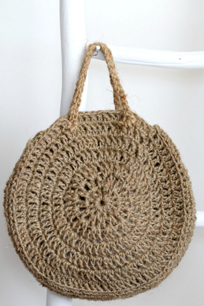 How To Crochet A Summer Circle Bag - image Free-Crochet-Pattern-Circle-Bag-Jute-1-683x1024 on https://knitting-crocheting-yarn.com