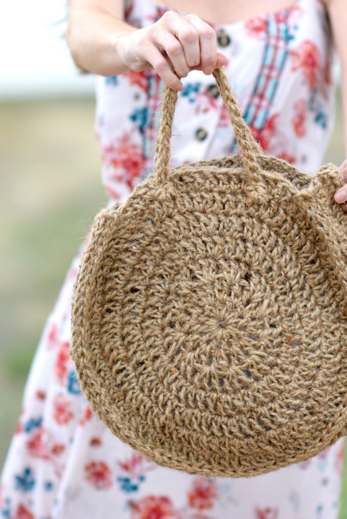 How To Crochet A Summer Circle Bag - image Free-Crochet-Pattern-Circle-Purse-Tote-685x1024 on https://knitting-crocheting-yarn.com